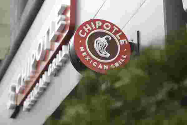 "Chipotle首席执行官: 麦当劳的养鸡场是 ""最恶心的东西"""