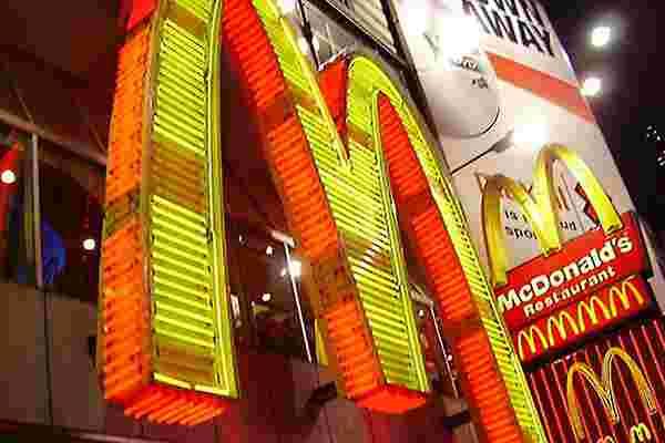 麦当劳美国11月销售额意外下降