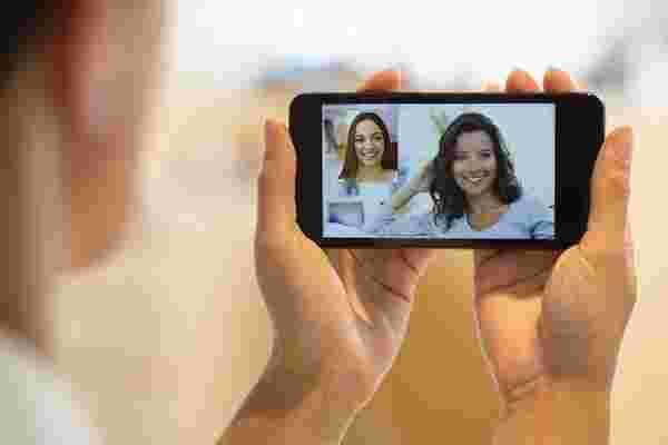 通过视频与目标受众联系